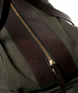mismo-travel-bag-ss-2009-3