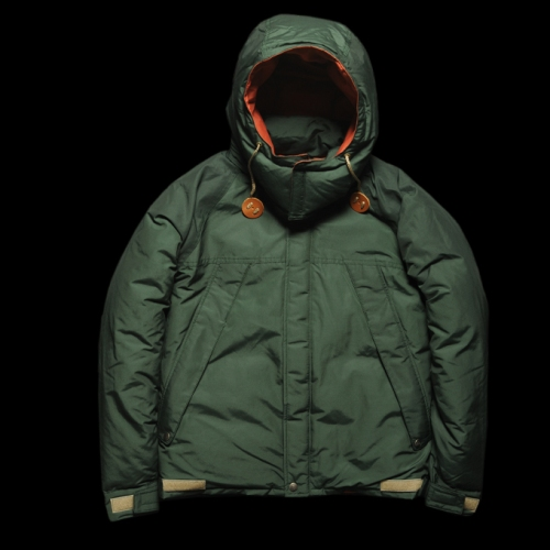 In Stock | Mt. Rainier Design Outerwear