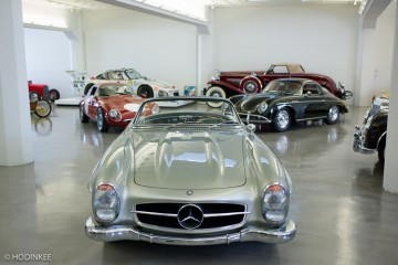 bruce-meyer-private-garage-tudor-hodinkee-california-beverly-hills-1-750x500