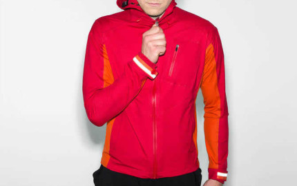 rapha-hooded-rain-jacket-fw-2014-1