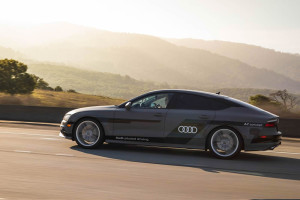 audi-a7-piloted-driving-concept-car-ces-2015