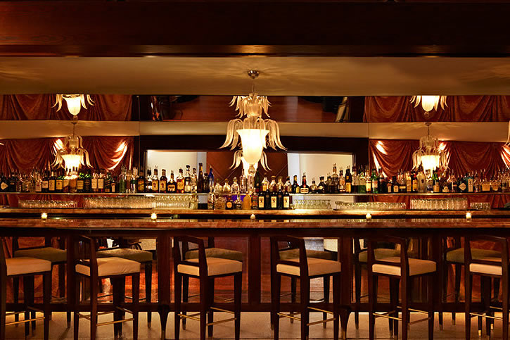 8-best-hotel-bars-east-coast-rose-bar-delano-miami