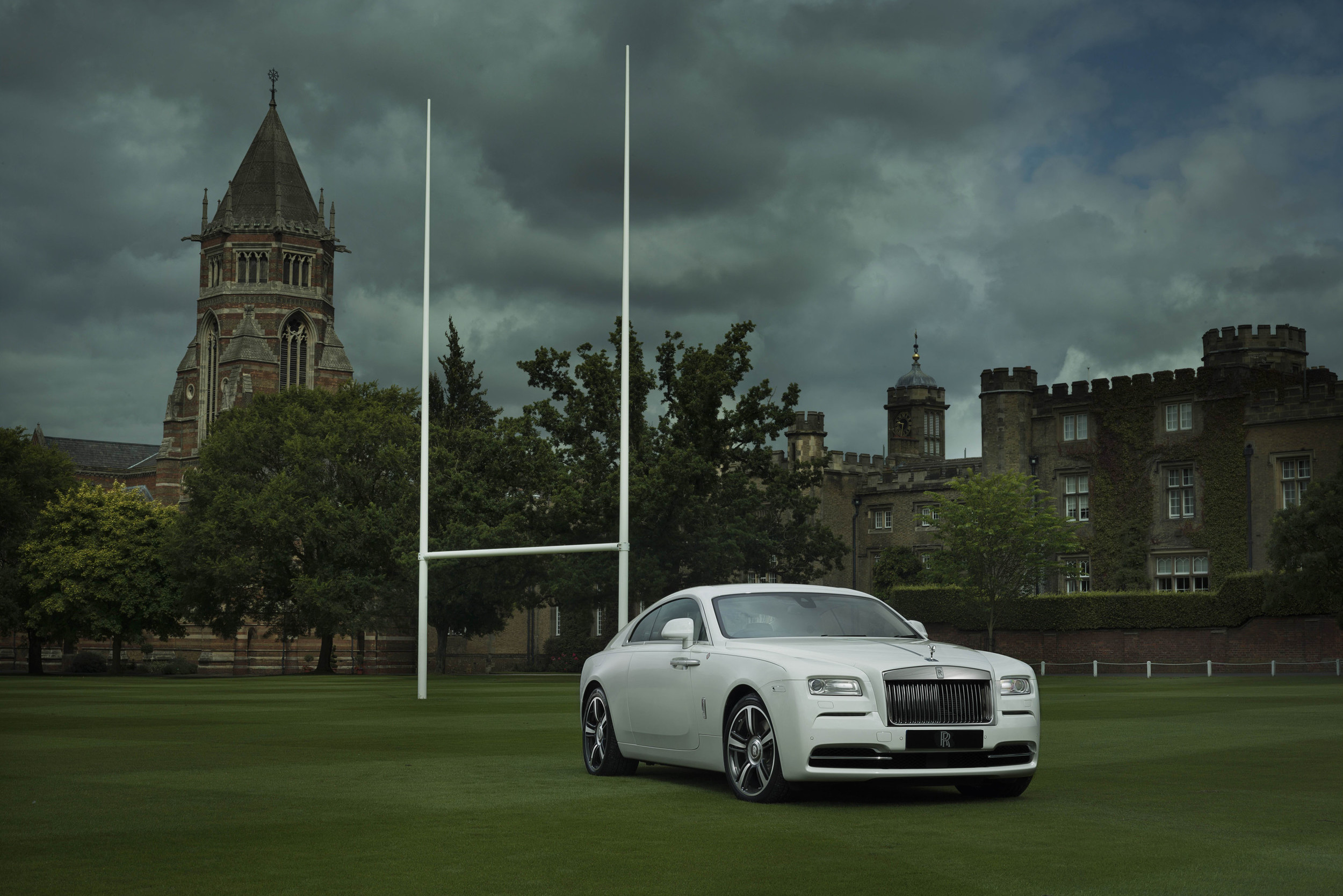 Wraith–History-of-Rugby,-Rolls-Royce's-New-Special-Edition-01