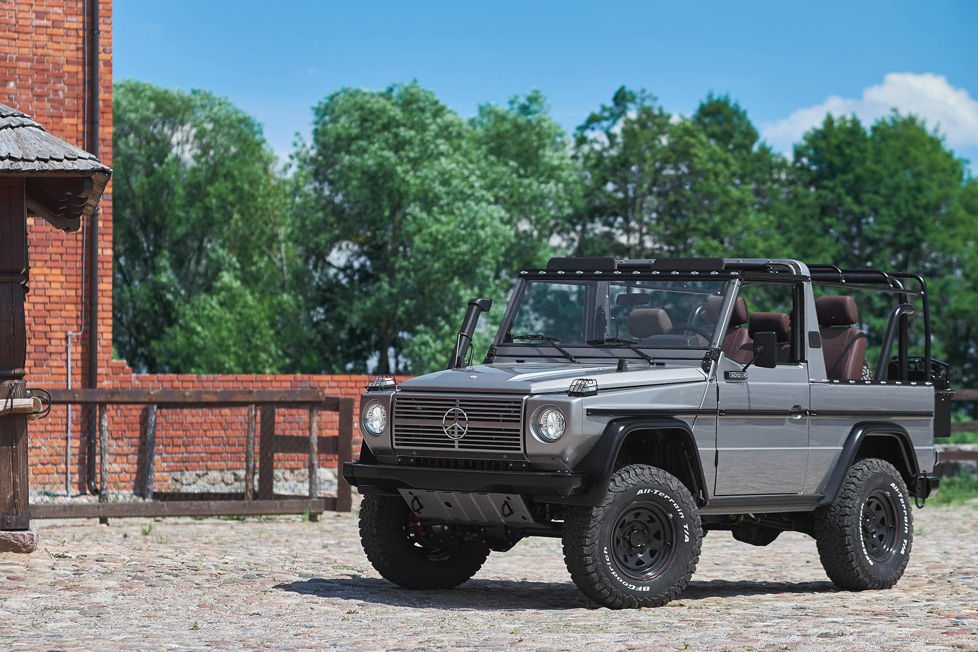 Expedition Motor Company Is Breathing New Life Into Mercedes-Benz 'Wolf' G-Wagens